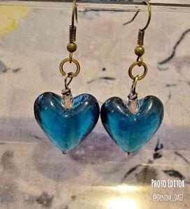💗 Ladies Blue Heart Dangle Earrings